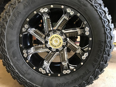 Moto Metal Wheel with Mickey Thompson Baha Tire mounted